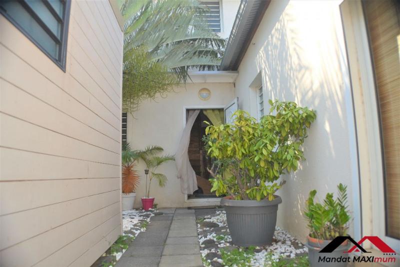 Vente de prestige maison / villa Saint pierre 570000€ - Photo 2