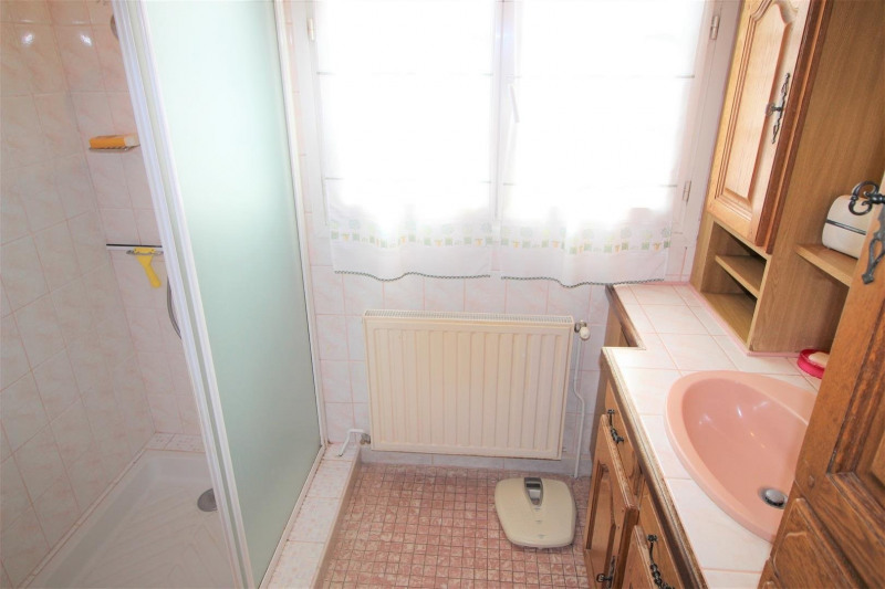 Sale house / villa Champigny sur marne 345000€ - Picture 7