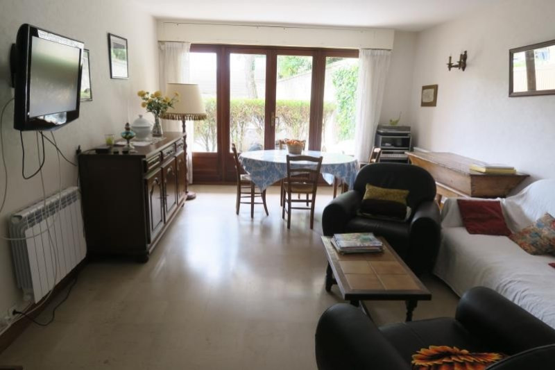 Sale apartment Royan 232 100€ - Picture 3
