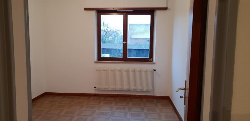 Location maison / villa Baldenheim 790€ CC - Photo 3