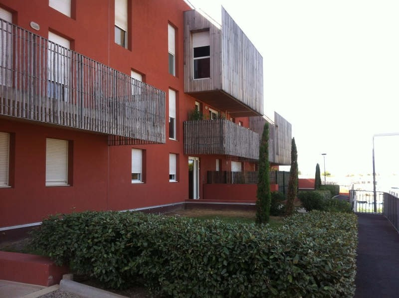 Rental apartment Balaruc les bains 638€ CC - Picture 1