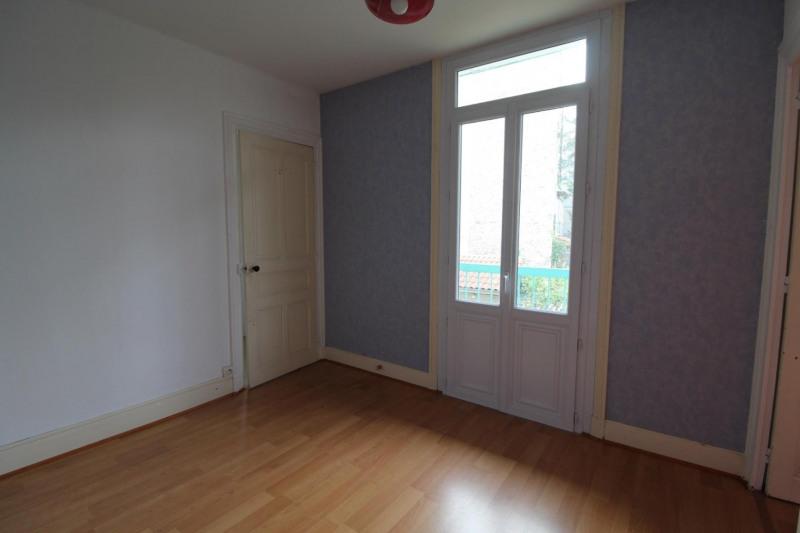 Revenda casa Voiron 169900€ - Fotografia 3