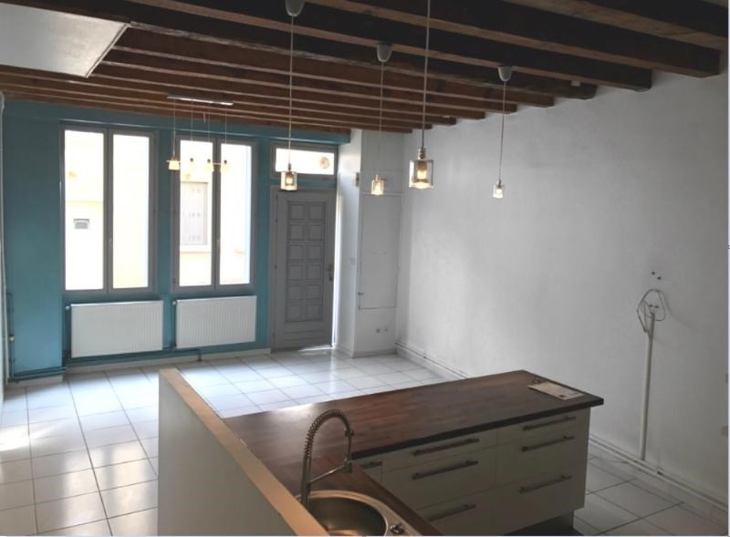 Location maison / villa Villefranche sur saone 650€ CC - Photo 2