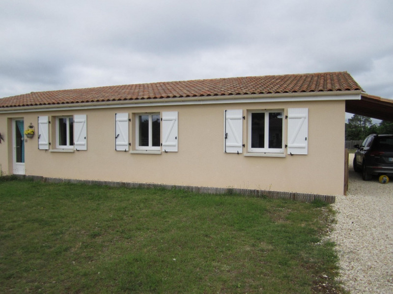 Deluxe sale house / villa Brossac 214000€ - Picture 3