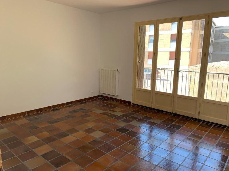 Location appartement Aix en provence 855€ CC - Photo 1