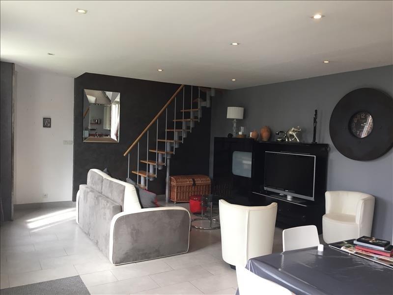 Sale house / villa Yenne 180000€ - Picture 3