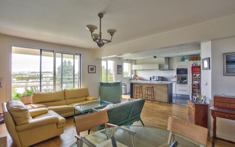 Sale apartment Saint germain en laye 480000€ - Picture 1