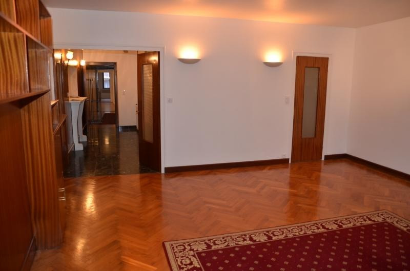 Rental apartment Nantua 780€ CC - Picture 2