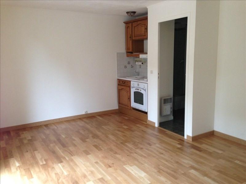 Rental apartment Melun 496€ CC - Picture 1