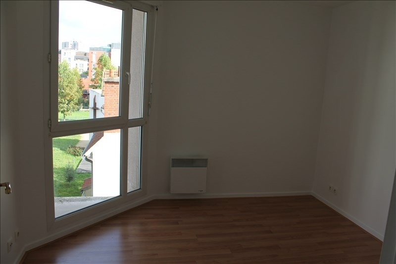 Location appartement Cachan 1 268€ CC - Photo 5