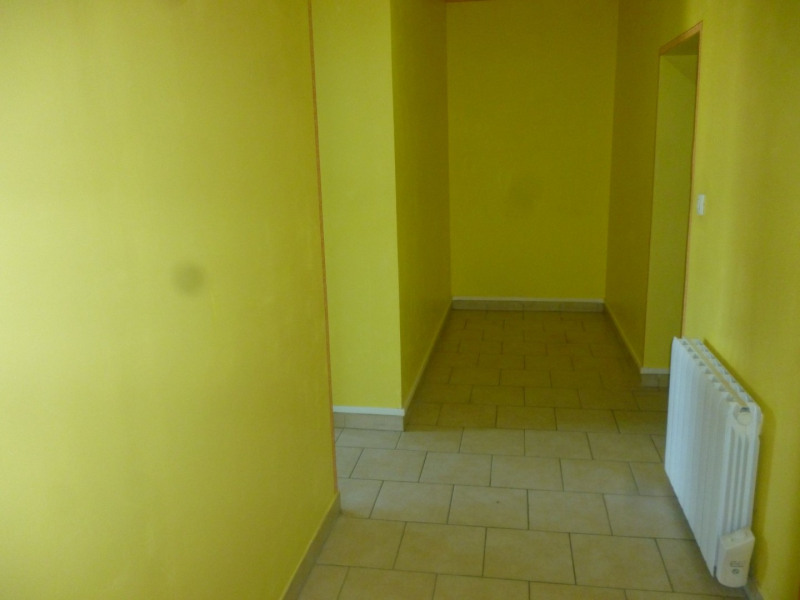 Location appartement Livarot 400€ CC - Photo 3