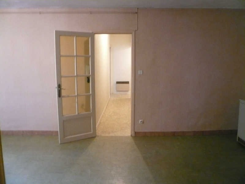 Location appartement Nimes 826€ CC - Photo 2