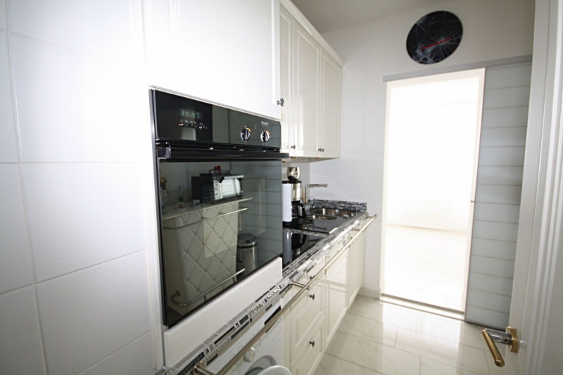 Sale apartment Golfe-juan 648 000€ - Picture 6