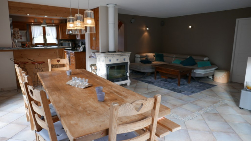 Deluxe sale house / villa Dingy st clair 590 000€ - Picture 2