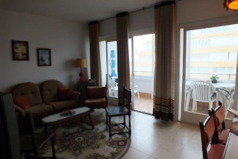 Location vacances appartement Roses santa-margarita 360€ - Photo 7