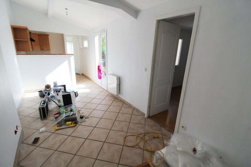 Rental apartment Trappes 821€ CC - Picture 3