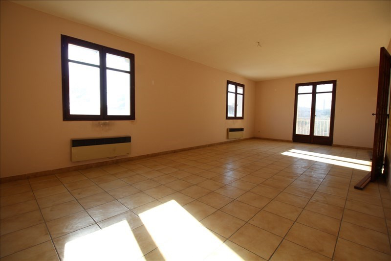 Vente maison / villa Sorgues 210000€ - Photo 2
