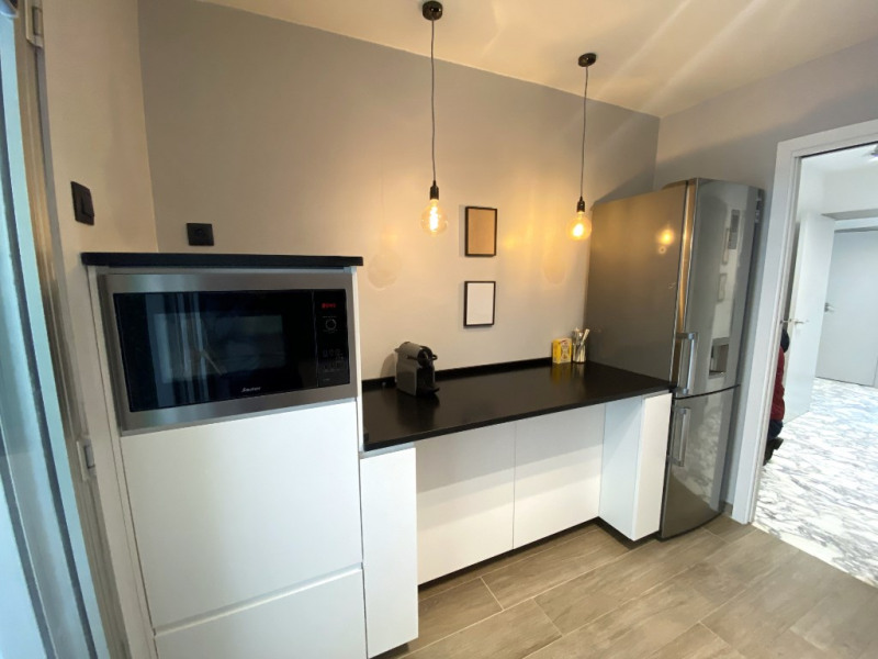 Deluxe sale apartment Nice 613 000€ - Picture 6