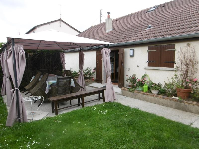 Sale house / villa Chambly 256 000€ - Picture 1