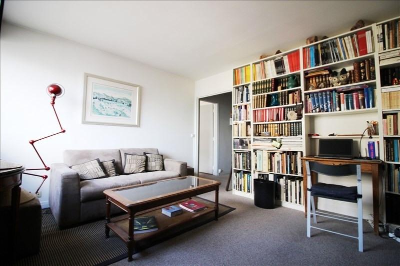 Sale apartment Paris 18ème 390000€ - Picture 3