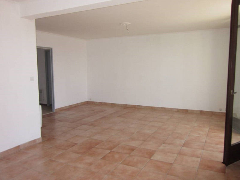 Rental apartment Avignon 656€ CC - Picture 3