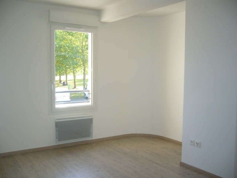 Rental apartment Mours 720€ CC - Picture 3