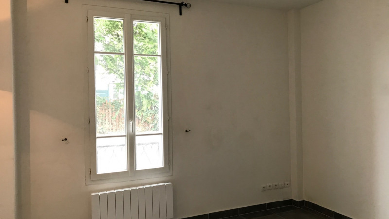 Sale empty room/storage Malakoff 220 000€ - Picture 2