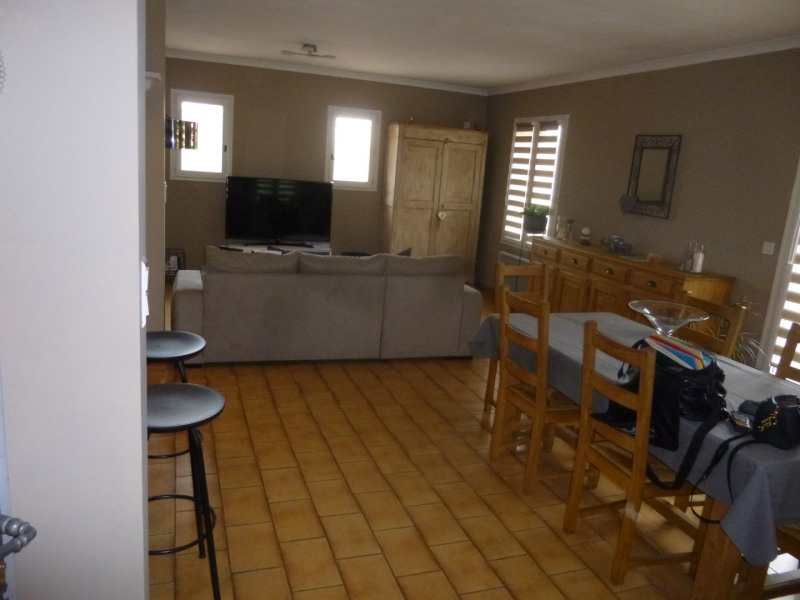 Rental house / villa Carpentras 1123€ CC - Picture 4