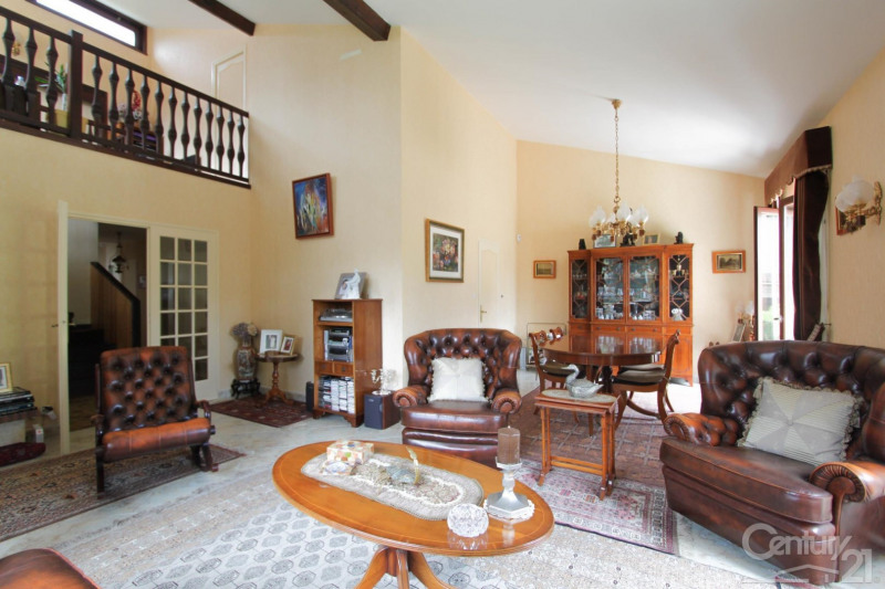 Deluxe sale house / villa Dardilly 630000€ - Picture 3