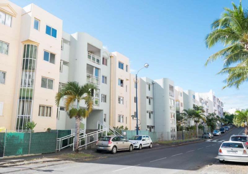 Rental apartment Saint denis 850€ CC - Picture 1