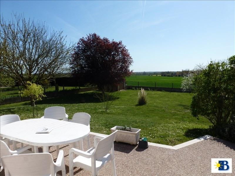 Vente maison / villa Chatellerault 163240€ - Photo 2