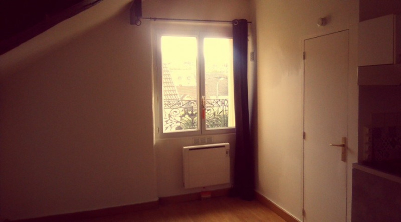 Investment property apartment L'isle adam 88 000€ - Picture 2
