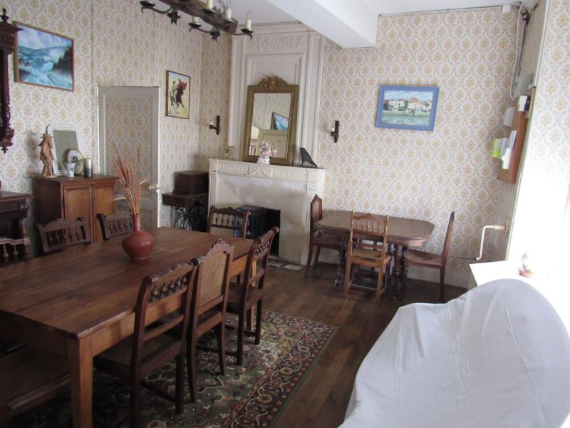 Sale house / villa Saint jean d4angely 127500€ - Picture 3