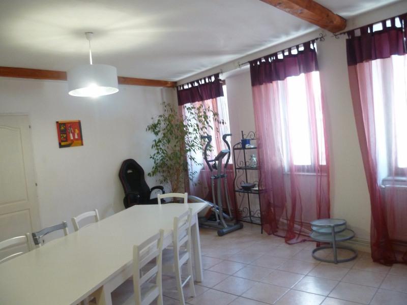 Sale apartment Villecheneve 110000€ - Picture 2