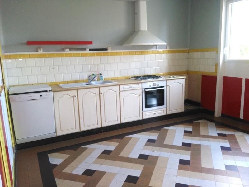 Sale house / villa Montaigu 250000€ - Picture 4