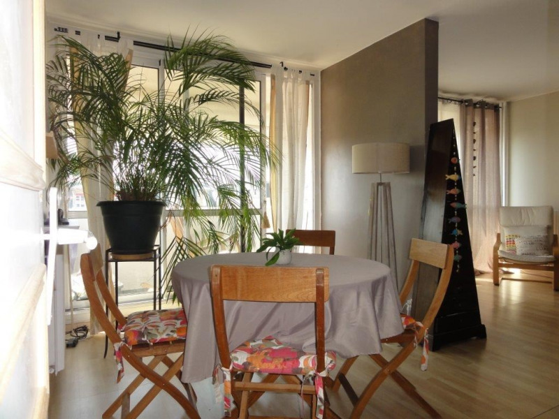 Vente appartement Colombes 350000€ - Photo 2