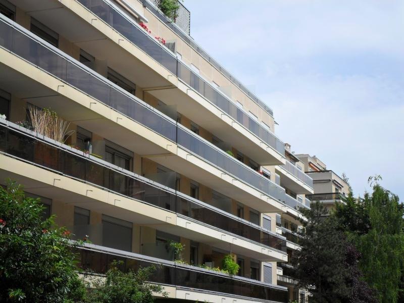 Rental apartment Issy les moulineaux 2250€ CC - Picture 1