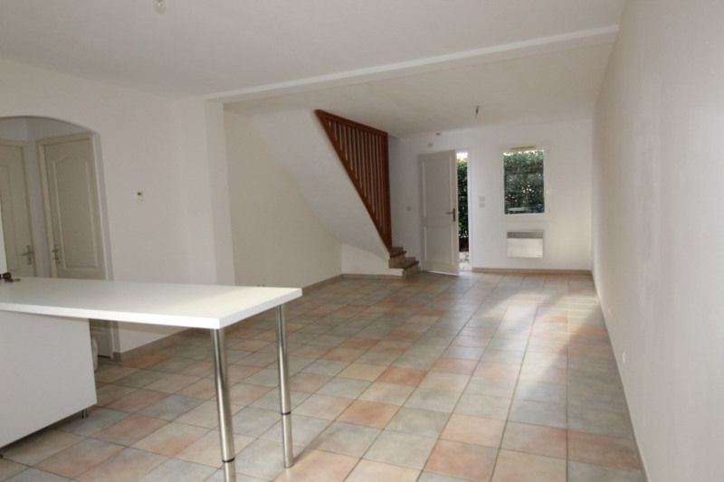 Vente maison / villa Hyeres 367500€ - Photo 4