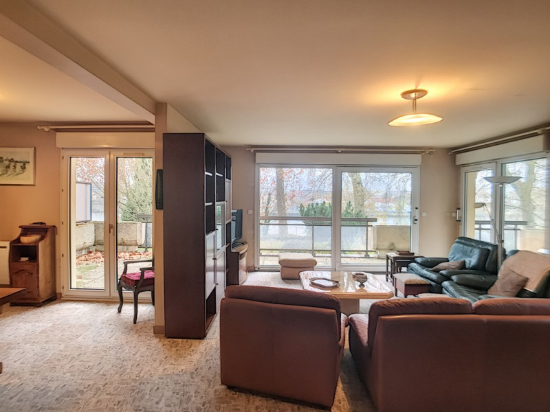 Sale apartment Le mee sur seine 360000€ - Picture 1