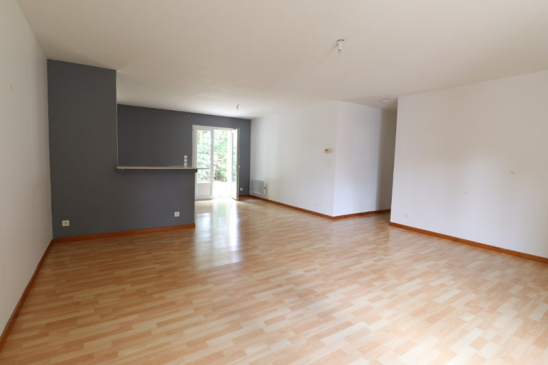 Location maison / villa Saint maurice sur fessard 670€ CC - Photo 3