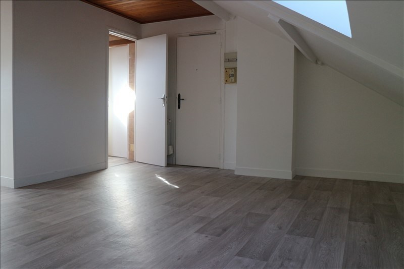 Location appartement Melun 490€ CC - Photo 2