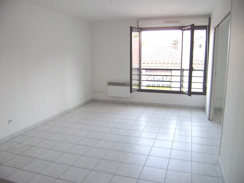 Sale apartment Salon de provence 157 000€ - Picture 1