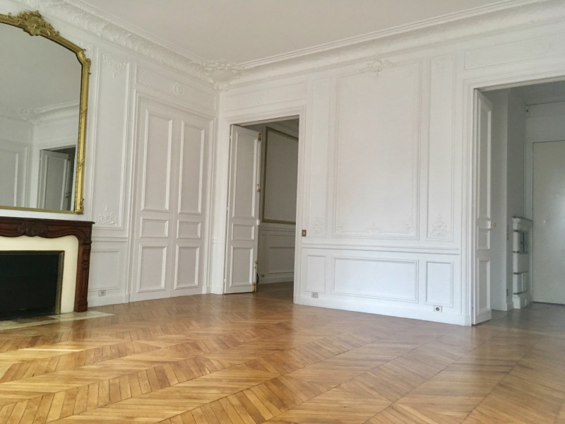 Location appartement Paris 8ème 4 092€ CC - Photo 3