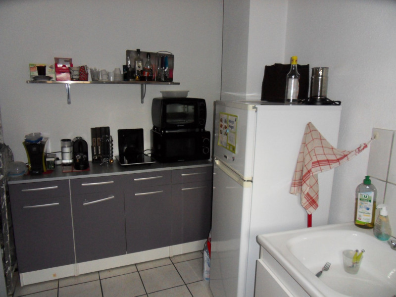 Commercial lease transfer empty room/storage Monteux  - Picture 10