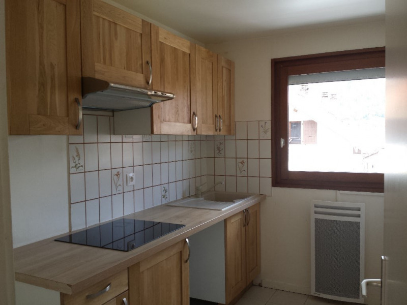 Location appartement Sallanches 810€ CC - Photo 2