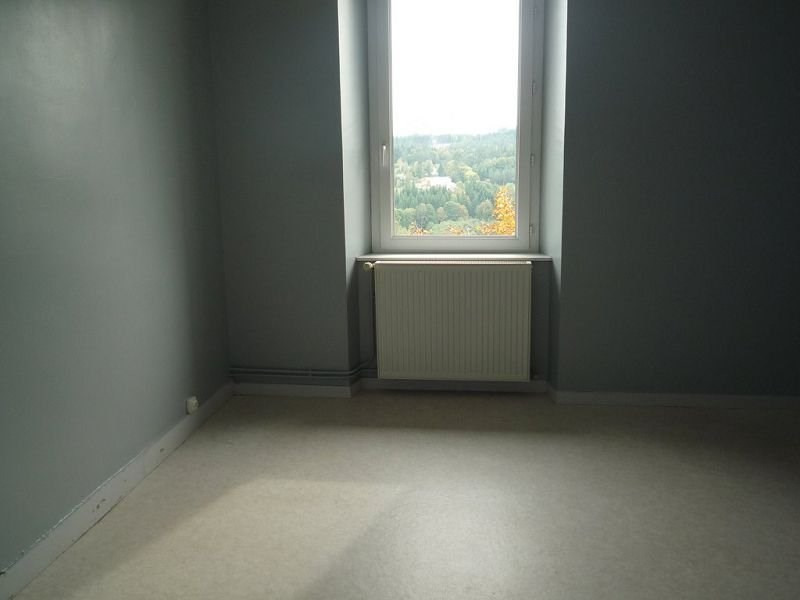 Rental apartment Le chambon sur lignon 540€ CC - Picture 5