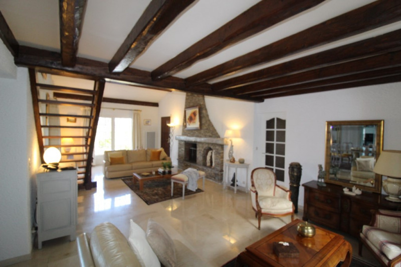 Venta de prestigio  casa La crau 698800€ - Fotografía 6