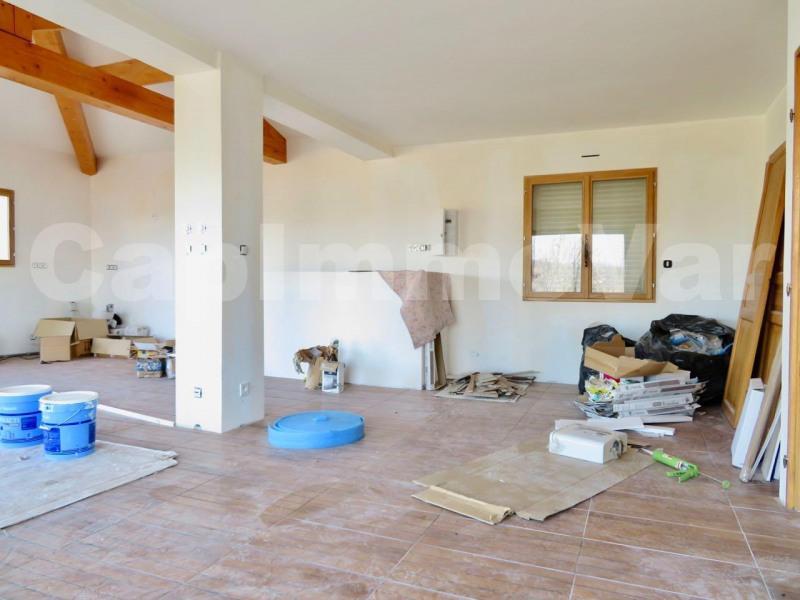 Sale house / villa Le beausset 440000€ - Picture 6