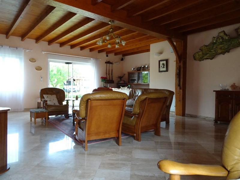 Sale house / villa Vergeroux 499200€ - Picture 2