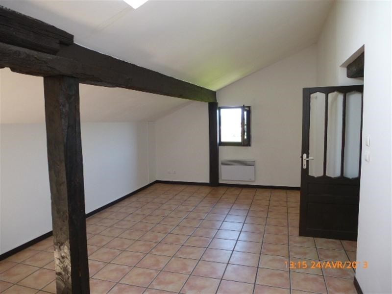 Location appartement Sare 680€ CC - Photo 2